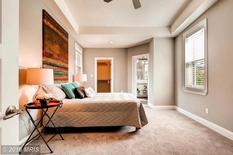 BA9704532 - Bedroom (Master)