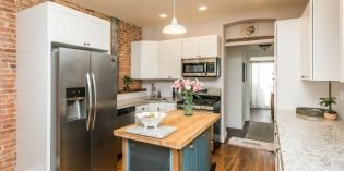 Mid-Week Listing: Renovated Three-Bedroom, Three-Bathroom Rowhome in Locust Point with Parking